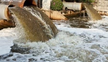 تلوث الماء وأسباب متعددة