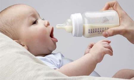 ... يجب أن تحتوي الوجبة على عناصر غذائية مثل الكربوهيدرات والبروتينات -  (ارشيفية)