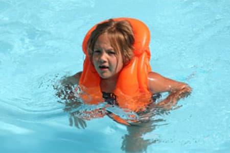 وقاية الطفل من الغرق